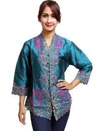 Baju Kebaya Untuk Wanita Gemuk Modern