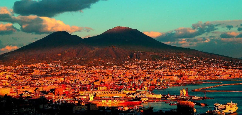 Terremoto Oggi Napoli: sciame sismico in atto sul Vulcano Vesuvio.