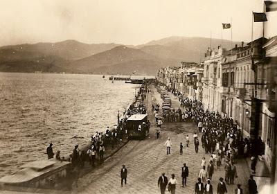Πανοραμική φωτογραφία της προκυμαίας της Σμύρνης / Old Smyrna dock