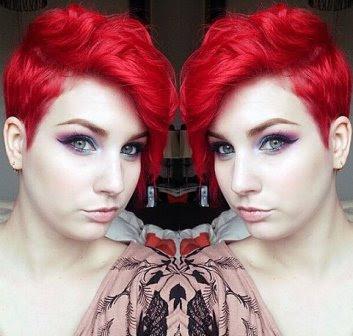 Potongan asimetris Pixie Merah