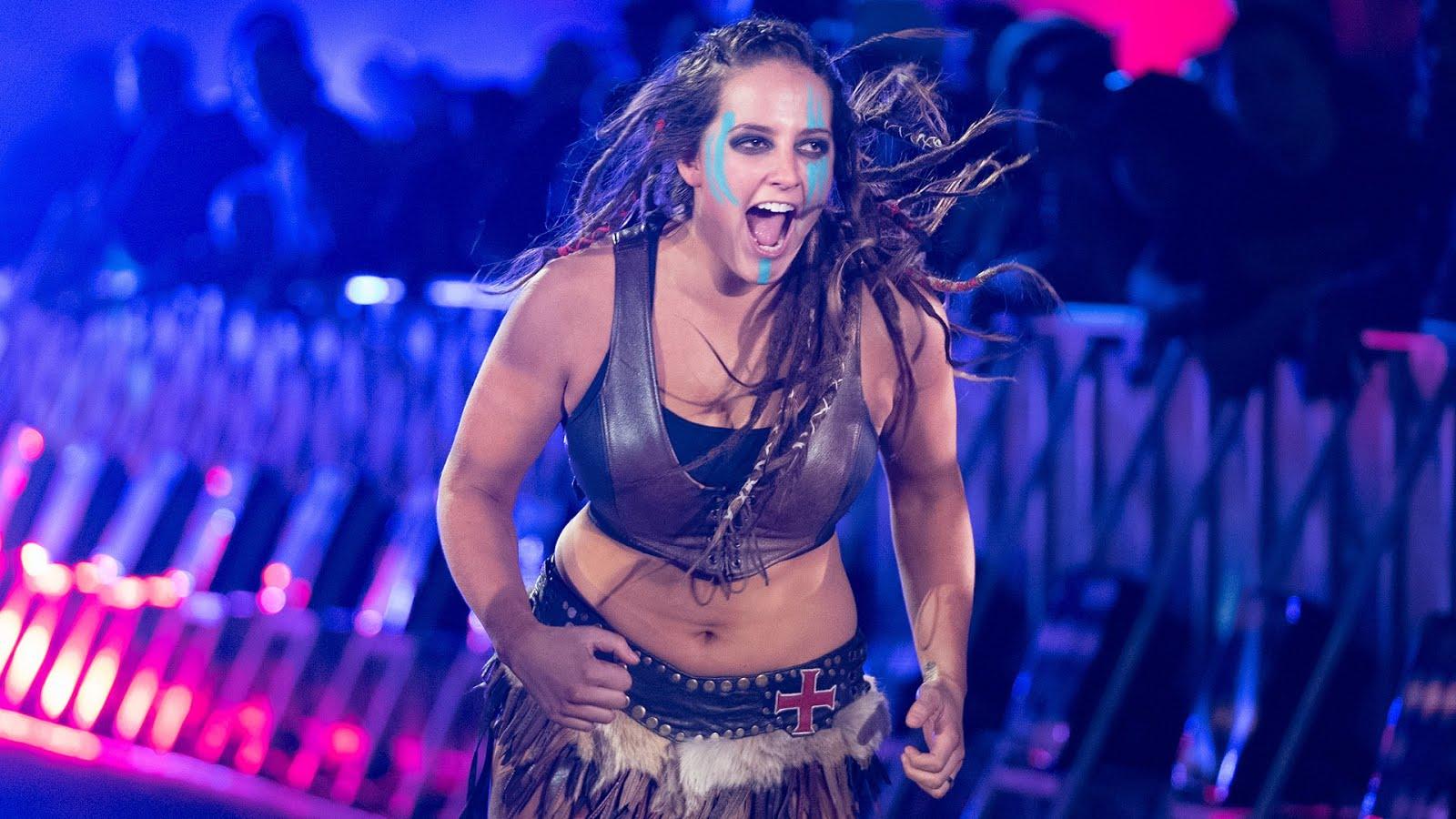 WWE tinha planos para utilizar Sarah Logan no RAW mas não deve contratá-la novamente