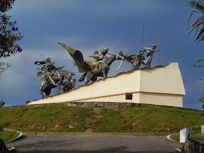 monumento a los colonizadores Manizales