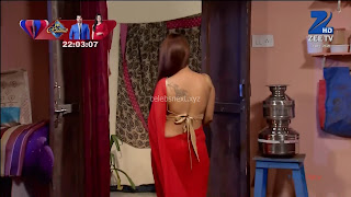Sha Ajmani aka Garima AjmaniRed saree and Backless Choli Flower Tattoo 5 .xyz.jpg