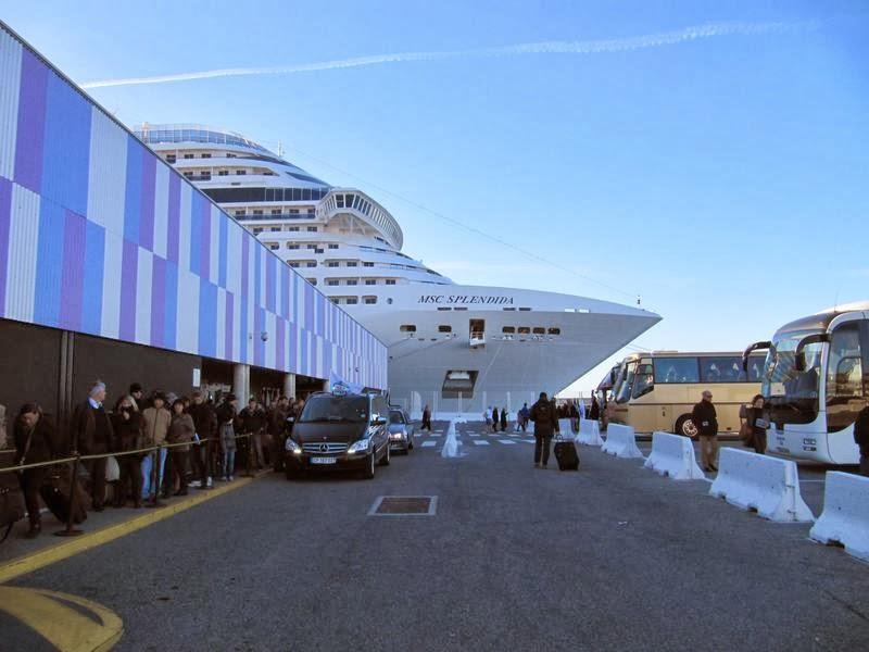 puerto cruceros Marsella, puerto nuevo Marsella