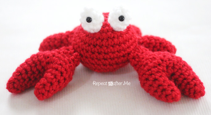 Crochet Crab Pattern - Repeat Crafter Me