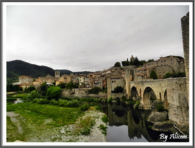 besalu-spania-oras-medieval-priveliste