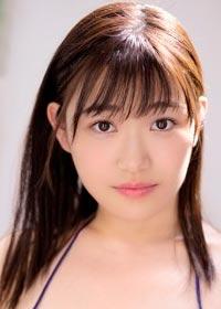 Actress Ena Koume