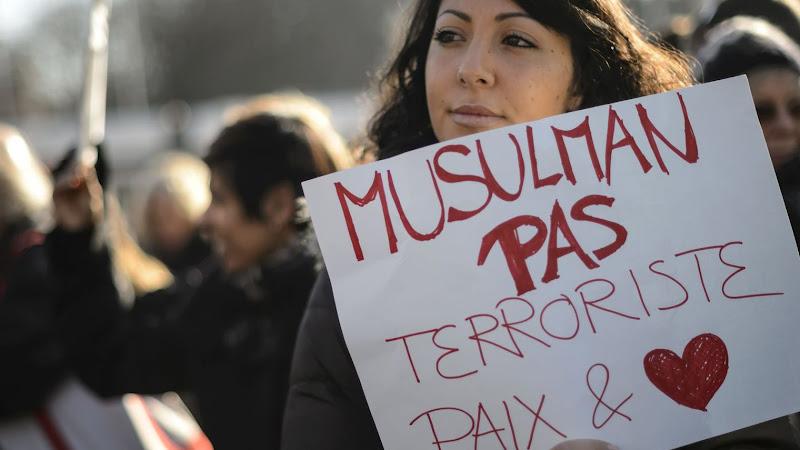 Les Musulmans et la double peine. Accusé de terrorisme et premières victimes du terrorisme.