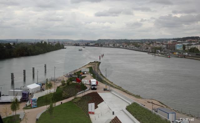 Le confluent du Rhône et de la Saône à Lyon