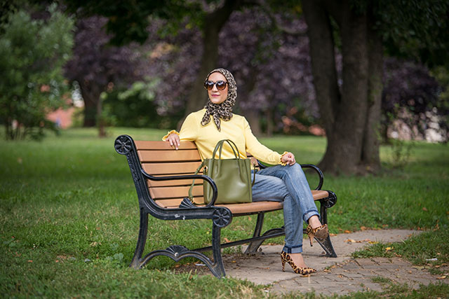Animal Print-Bright Sweater-Fall Style-Banana Republic-Urban Expressions Eloise Tote-Leopard