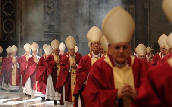 menghebohkan dunia 30 pendeta vatikan serta 3000 umat