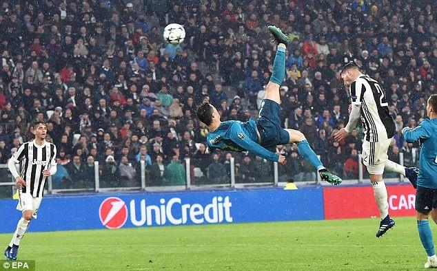 Cristiano Ronaldo's overhead kick for Real Madrid voted UEFA Goal of the Season (Video)
