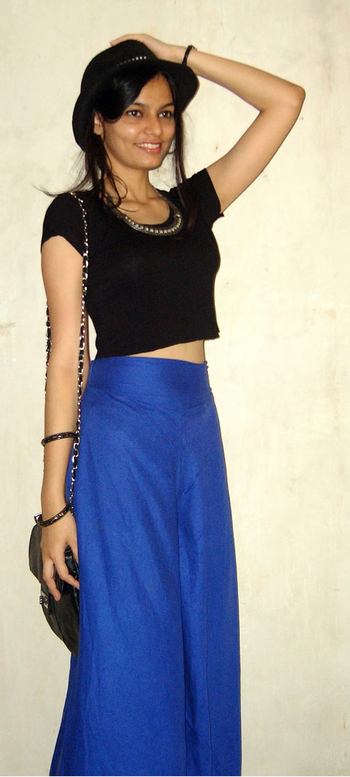 blue zara palazzo pants, how to wear croptops, high waisted palazzo pants, mumbai streetstyle, indian fashion blogger