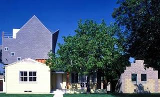 Residencia californiana reforma estilo Deconstructivista
