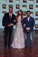 Raveena Tandon, Arshad Warsi and Boman Irani at the Launch Of New Show Sabse Bada Kalakar (7).JPG