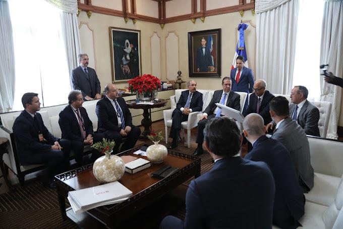 VIDEO: Inversionistas presentan al presidente Danilo Medina proyecto de turismo de lujo en Puerto Plata, generará 2 mil empleos directos