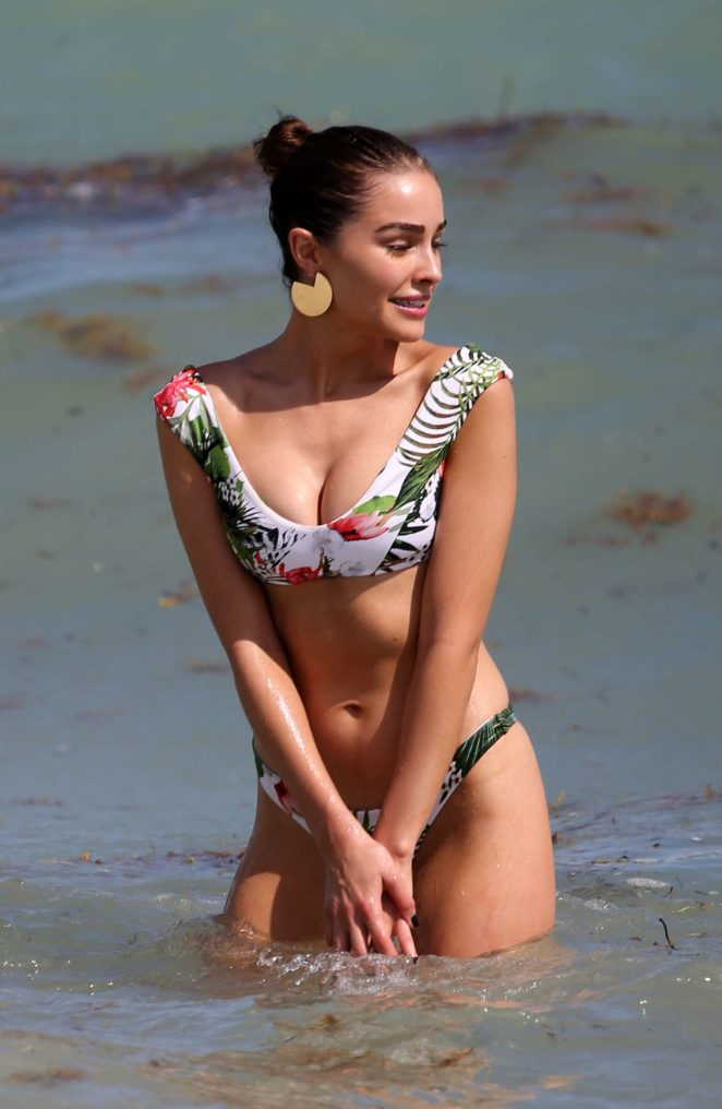 Olivia Culpo Hot Bikini Photo Gallery