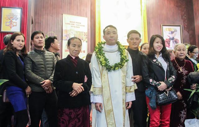 Lễ truyền chức Phó tế và Linh mục tại Giáo phận Lạng Sơn Cao Bằng 27.12.2017 - Ảnh minh hoạ 211
