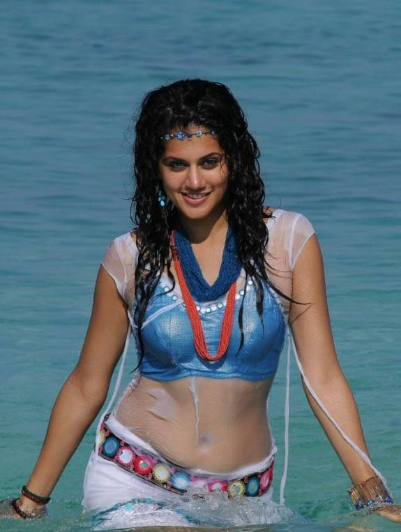 Taapsee Wet Navel Show Photos In White Dress