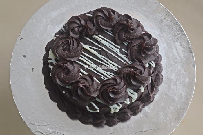 Eggless Chocolate Truffle Cake - Easy Chocolate Ganache Cake Recipe for Beginners - My Magical Kitchen - Priya R