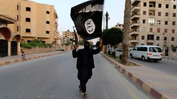 França lança ataques contra alvos ISIS no leste da Síria