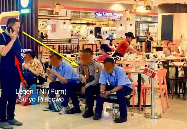 Letjen TNI S Prabowo Heran Pengamanan Mall Oleh Polri Kok Pakai Senapan Serbu AK-101?