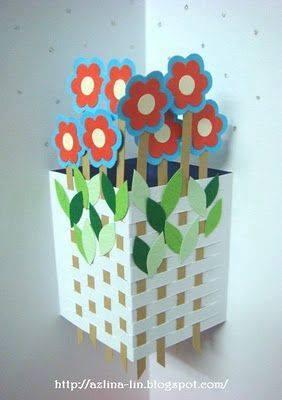 Ide membuat kerajinan kertas berbentuk bunga untuk anak-anak 5