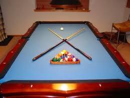 Cowok  Yang Hobi Main Biliard