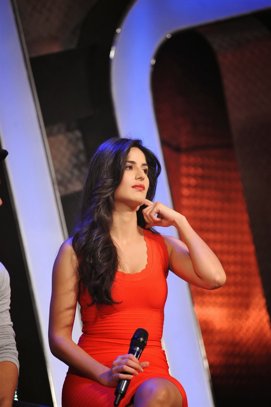 Katrina Kaif Spicy Thigh Show Photos In Orange Dress