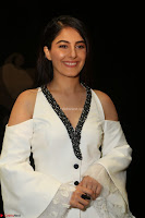 Isha Talwar Looks super cute at IIFA Utsavam Awards press meet 27th March 2017 29.JPG