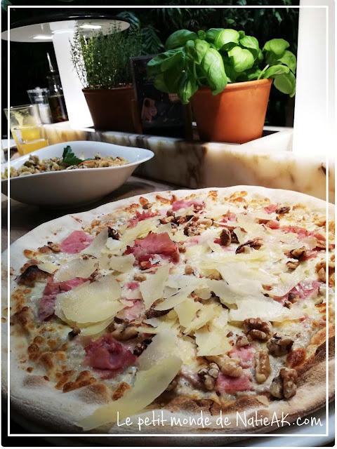 pizza à la crème de truffe: Alla creme di Tartufo