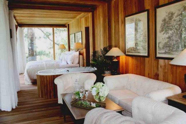b086baa2dc3b Είναι ένα ξενοδοχείο που παρέχει δυνατότητα διαμονής σε ένα δεντρόσπιτο-  σουίτα μέσα στους κήπους. Ένα πολυτελές σπίτι