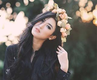 Sylvia Fully Foto Cantik