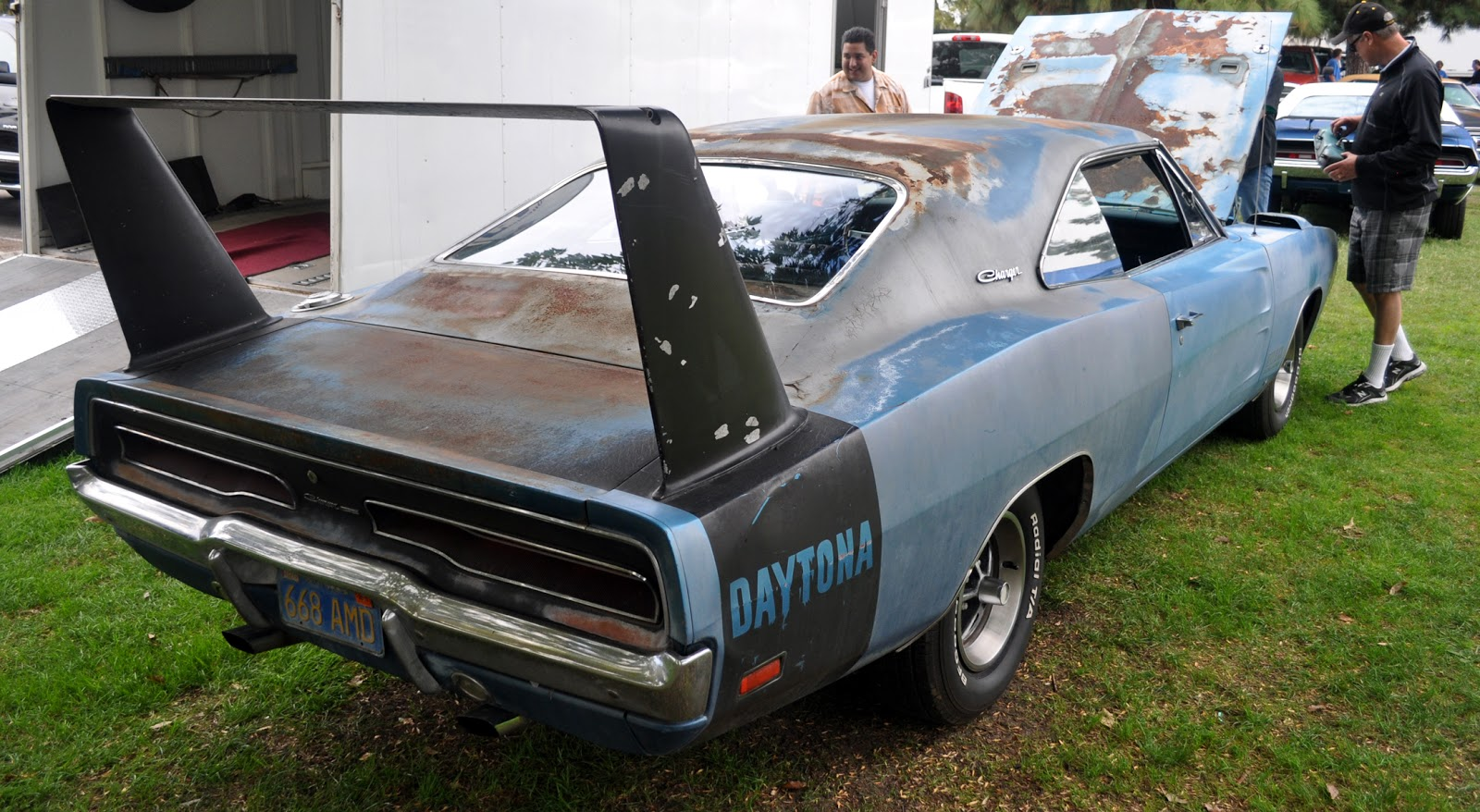 just a car guy an unrestored 1969 dodge daytona looking like it 39 s had a really rough life no. Black Bedroom Furniture Sets. Home Design Ideas