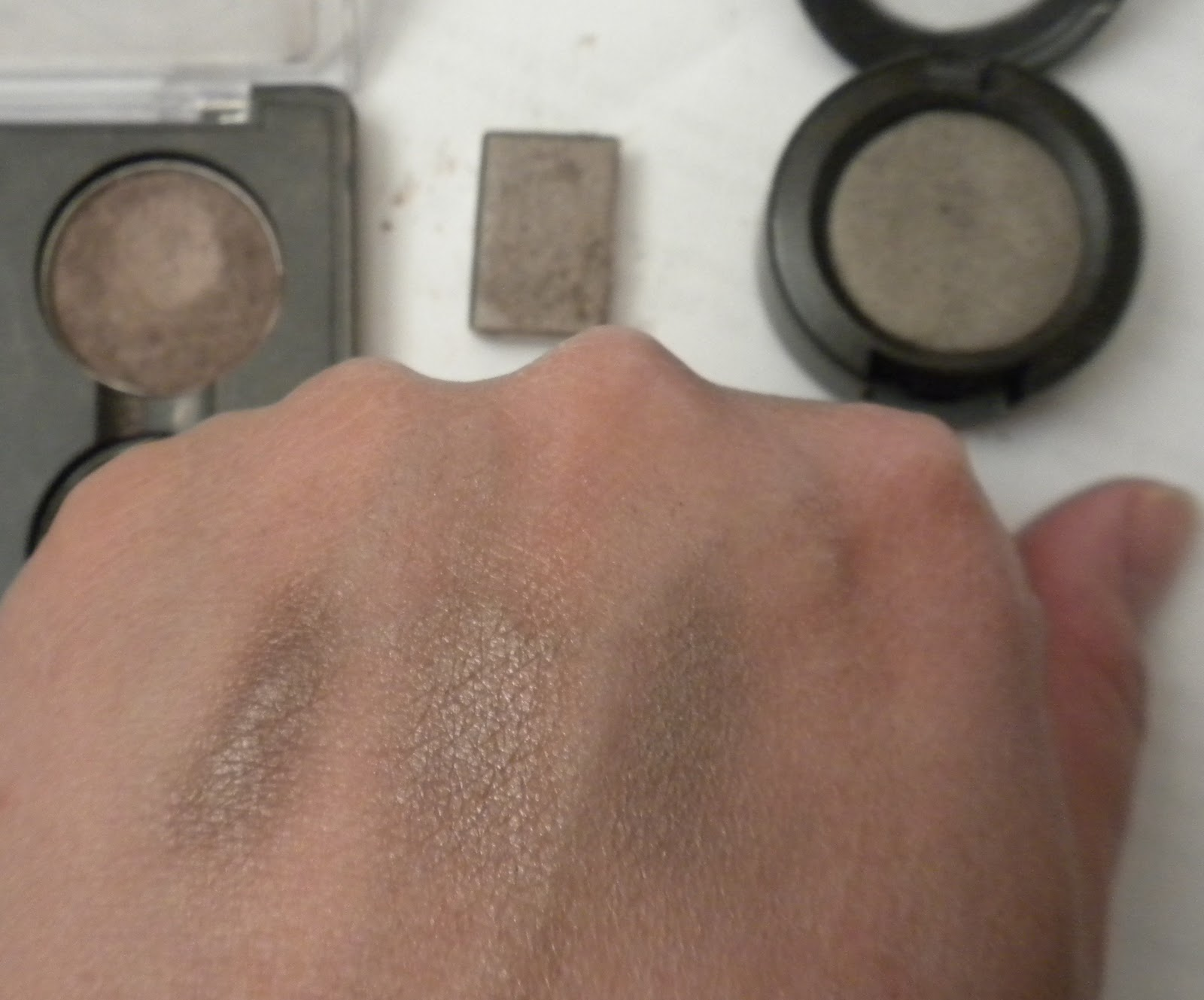 mac vs mary kay eyeshadow