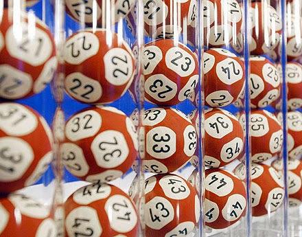 Bile cu numere de la loterie - imagine de pe google images