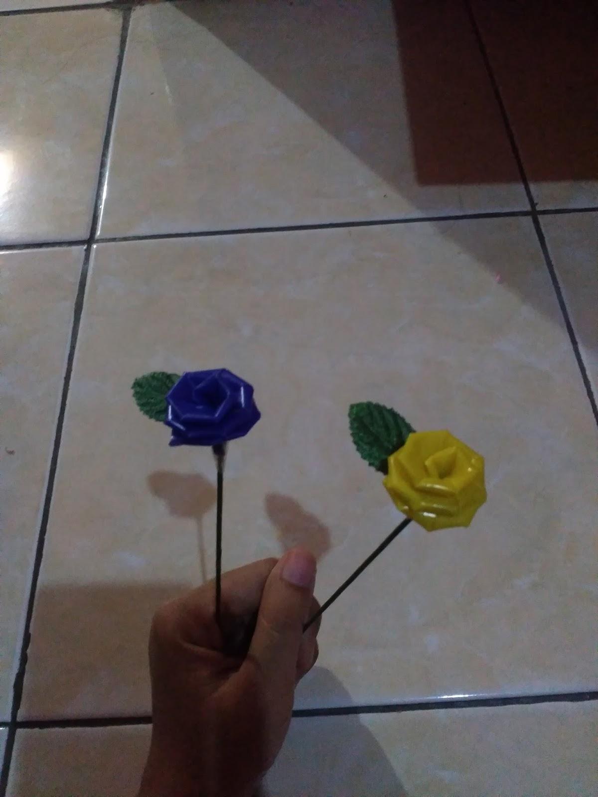 Aku Kerajinan Bunga Dari Sedotan