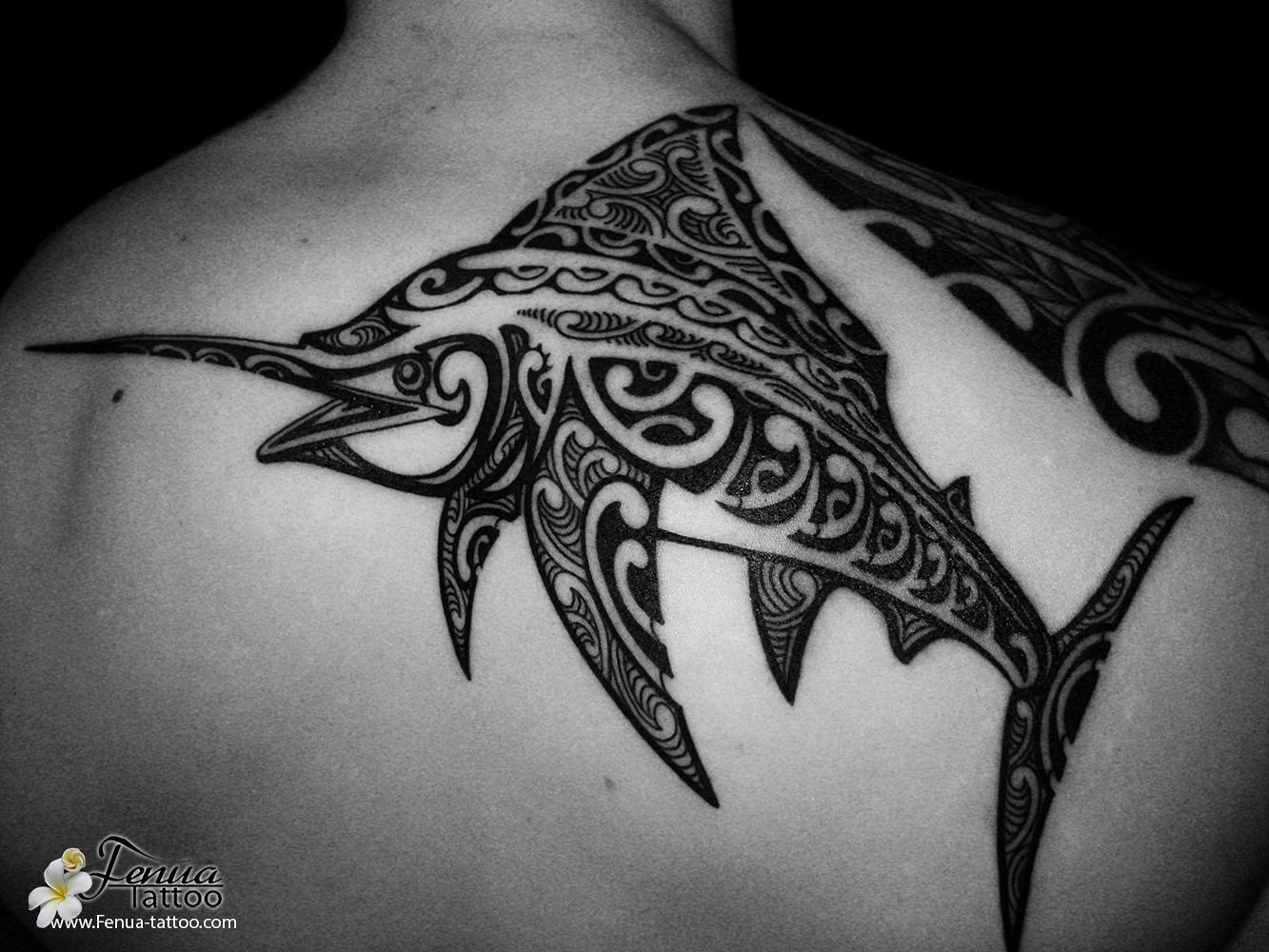 Tatouage Polynesien Et Tribal D Espadon Dans Le Dos Tahiti Tattoo