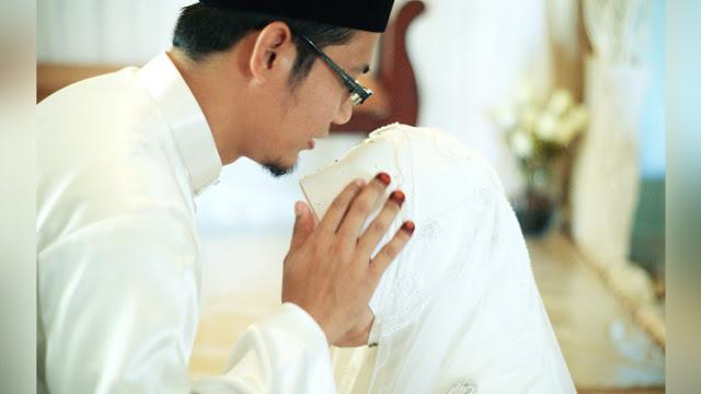Wahai Istriku Berhentilah MENGELUH, Sebuah Kisah Inspiratif untuk Suami Istri Harmonis
