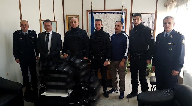 Δωρεά ειδών υπόδησης για τις ανάγκες της Ομάδας Δίκυκλης Αστυνόμευσης (ΔΙ.ΑΣ.) στη Μεσσηνία