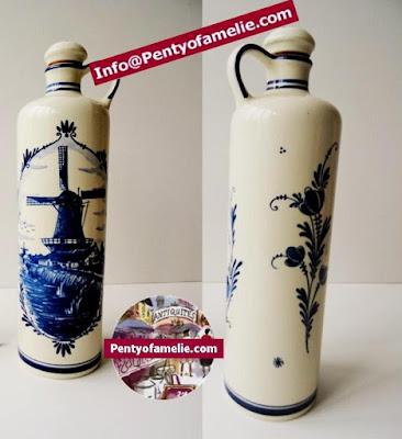 Awesome Rare Vintage Delft Blue Handwerk Vinegar Liquor Bottle depicting Traditional Windmill Refines Flower patterns