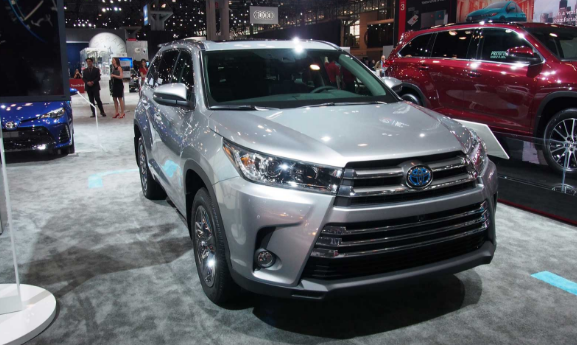 2017 Toyota Highlander Review