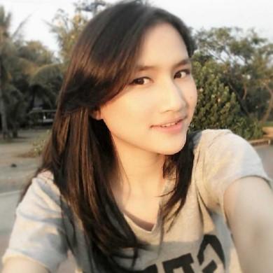 Foto Hot Frieska JKT48 Yang Cantik