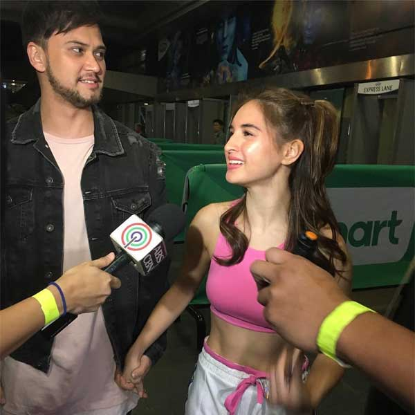 Billy Crawford and Coleen Garcia at Britney Spears Manila concert