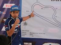 Pebalap Yamaha Berikan Coaching Clinic Kepada Pebalap Muda