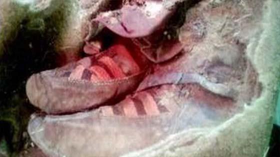 Misteri Mumia Berusia 1,500 Tahun Memakai Kasut Adidas