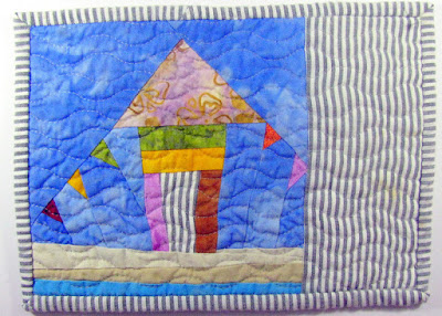 wonky beach house quilted mug rug pattern