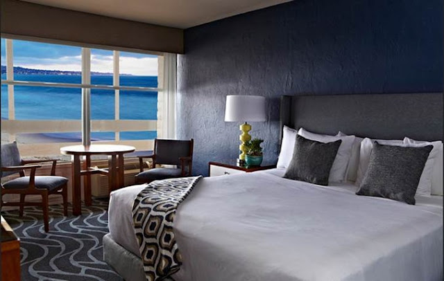 At Monterey Tides, there's always something new to experience, from the stylish rooms and exciting restaurants to beachside memories. Book a room today!
