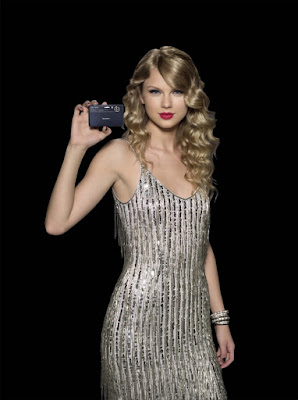 Celebrity Taylor Swift Hairstyle Ideas for Teen Girls