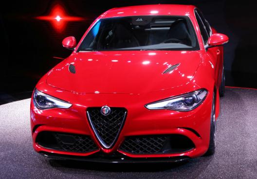 2017 Alfa Romeo Giulia Design